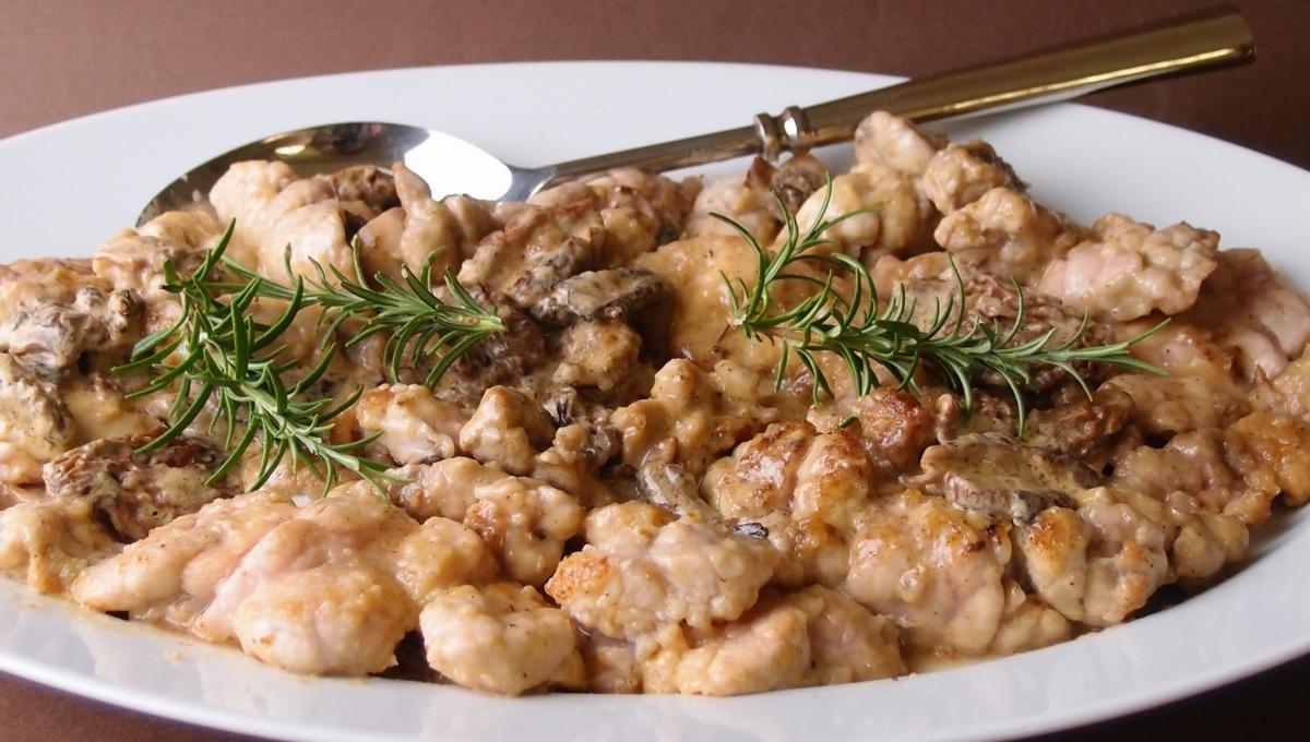Mariatotal ris de veau aux morilles - Comment cuisiner des ris de veau ...